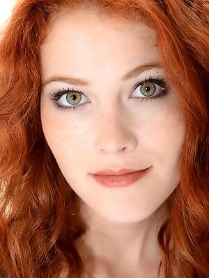 Heidi Romanova - Pretty Kitty